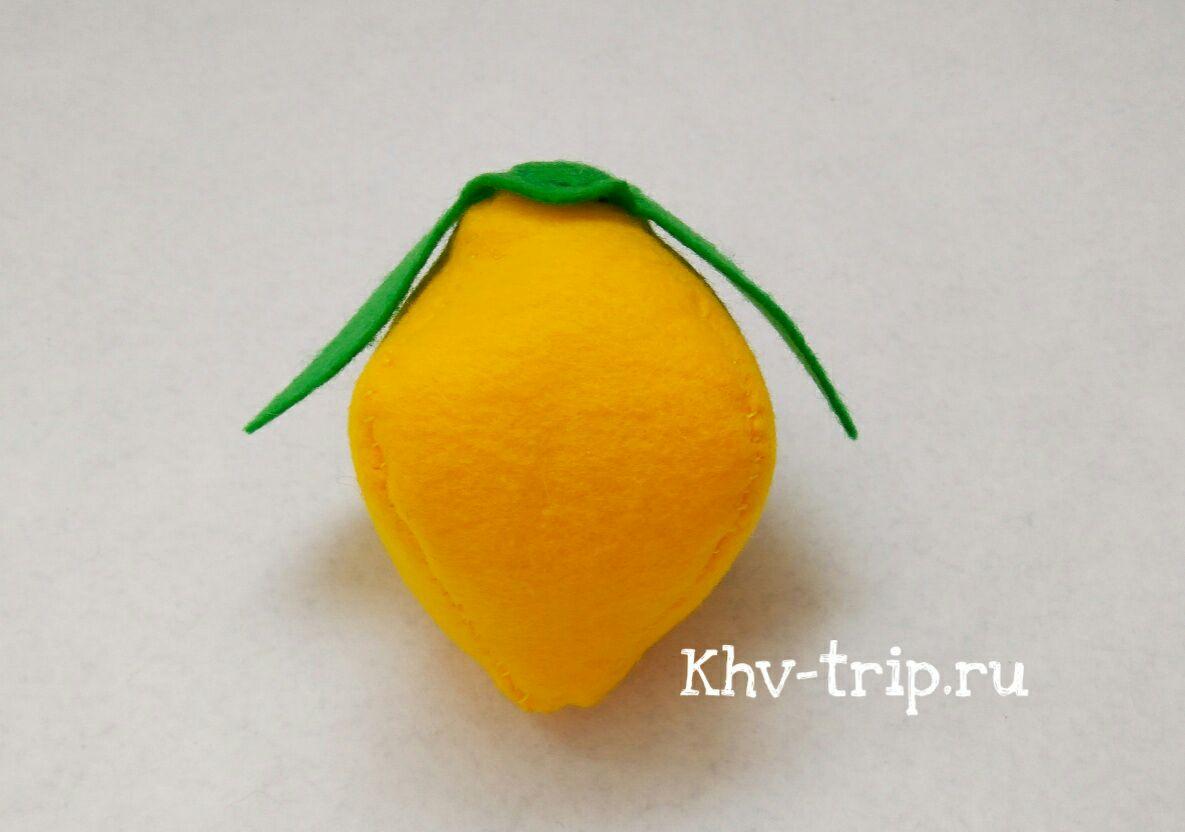 шьем лимон из фетра