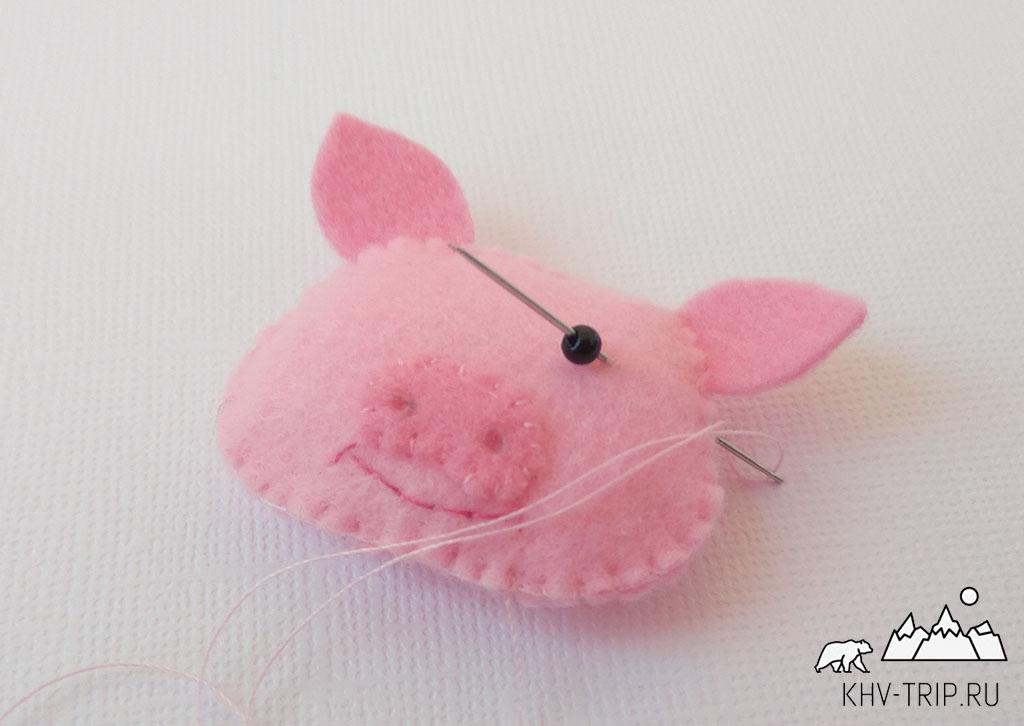 Свинка из фетра магнит на холодильник своими руками